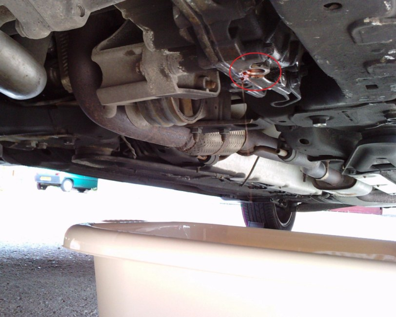 Changing The F40 Gearbox Oil Easy Way