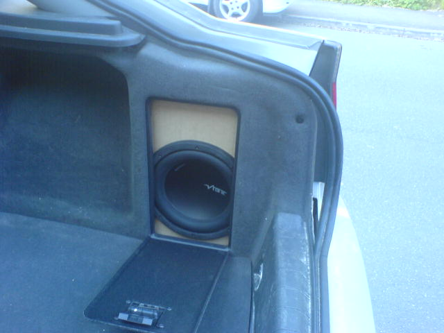Does Anyone Make A Discreet Subwoofer Box For The Vectra C